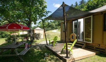 Camping La Chatonnière - Locatif - Les pieds dans l'eau
