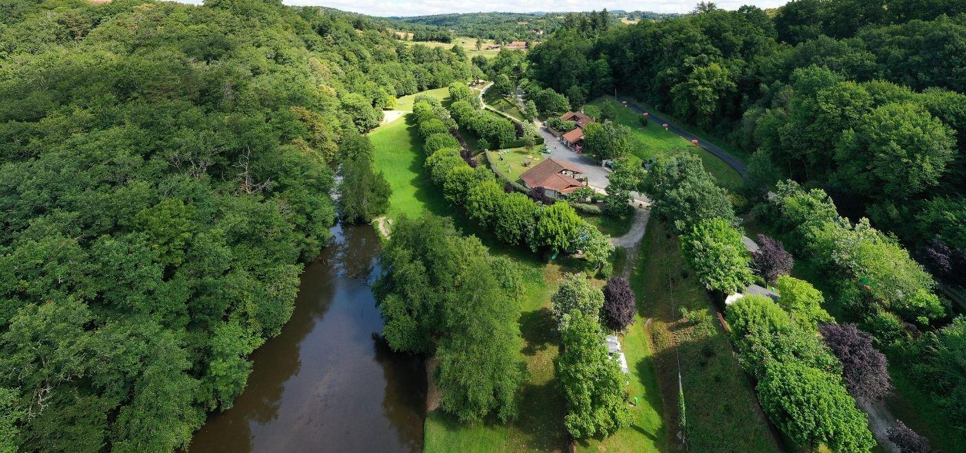 Camping La Chatonnière - vue aérienne - Les pieds dans l'eau