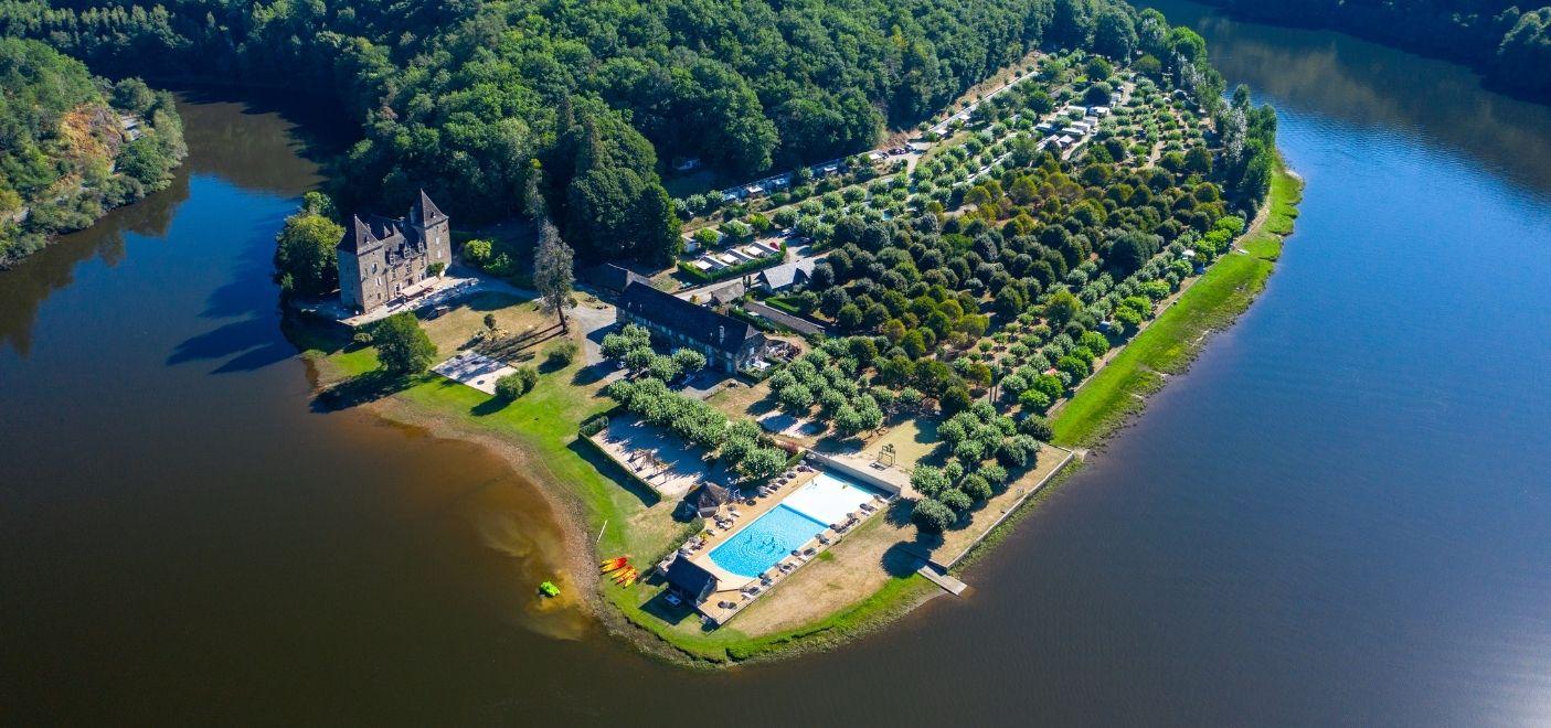 Camping Le Gibanel - vue aérienne 1 - Les pieds dans l'eau