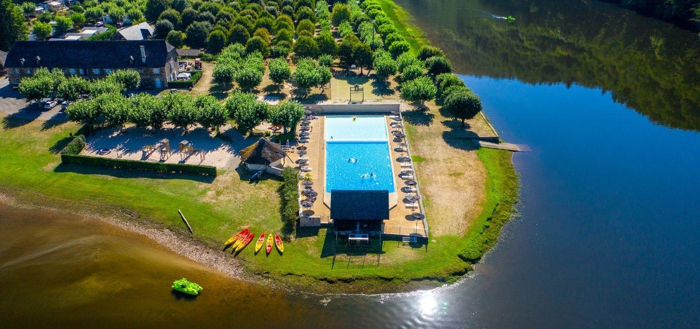 Camping Le Gibanel - vue aérienne 2 - Les pieds dans l'eau