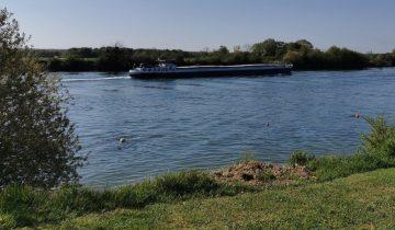 Camping Loisirs des Groux - Seine - Les pieds dans l'eau
