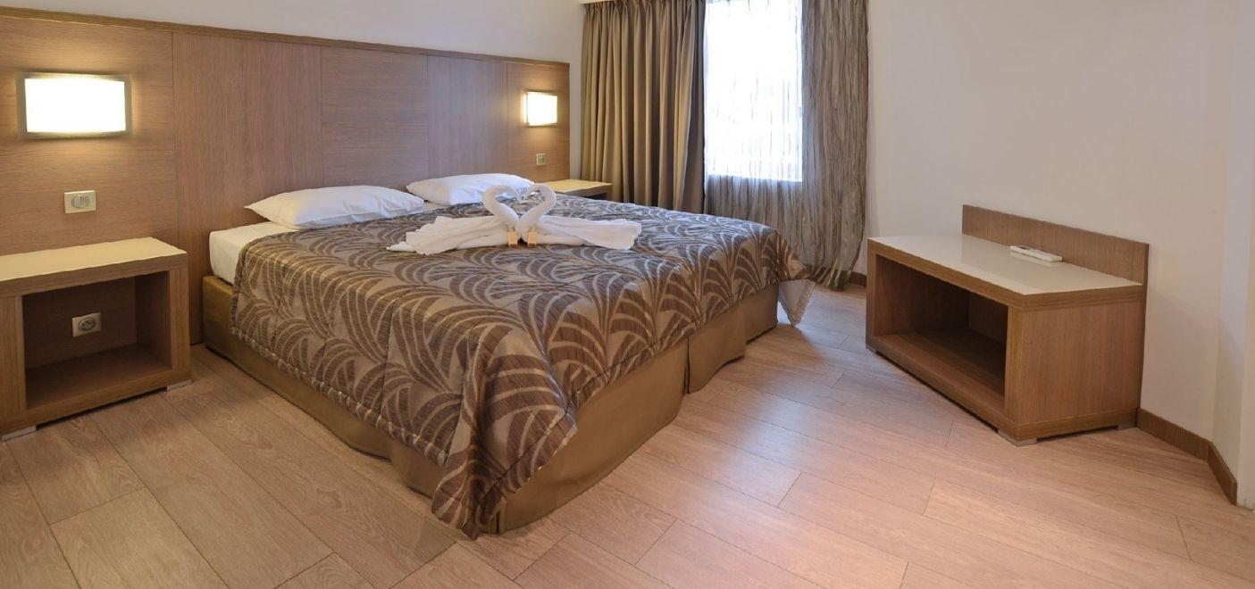 Calvi Hotel - Chambre 2 - Les pieds dans l'eau